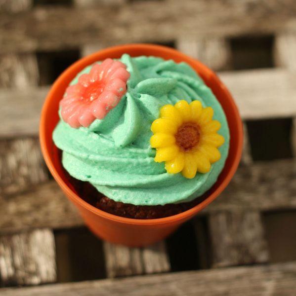 cupcake fleur flowerpot cupcake case blog chez requia cuisine et confidences