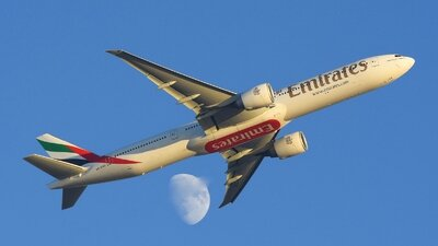 AVION EMIRATES