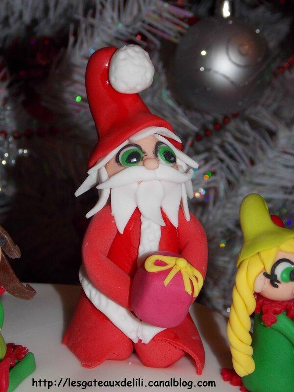 2013 12 24 - Le Père Noël et ses lutins (13)