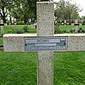 Thiepval, mémorial, cimetière, croix (80)