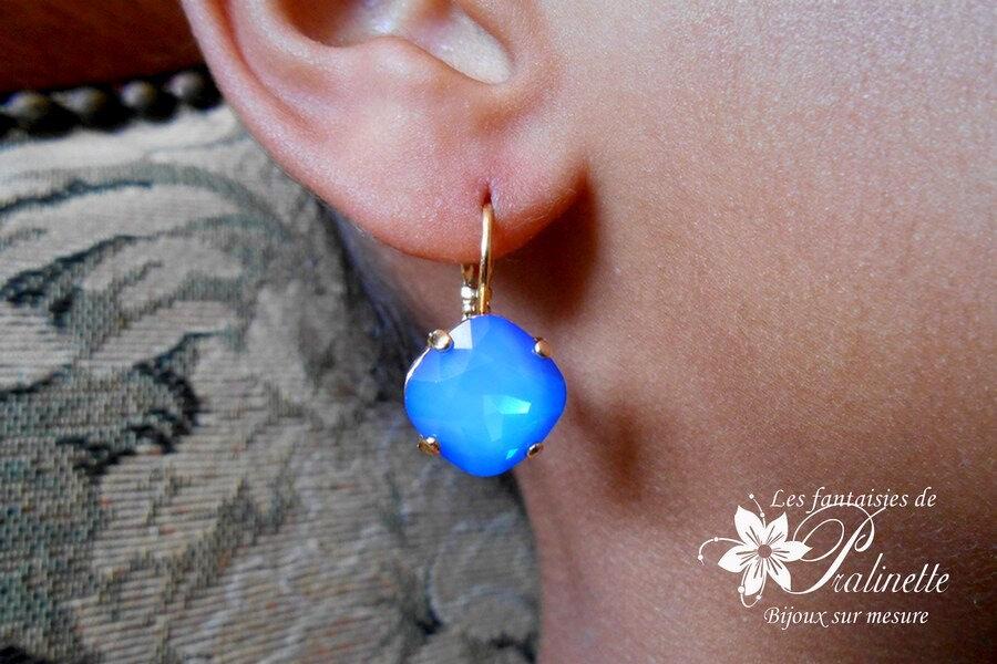 bijoux-mariage-soiree-temoin-cortege-bocules-d-oreilles-Soline-cristal-blue-sky-opal-4