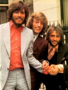 bee_gees_7_350x465