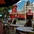 La place Blanche et son Moulin Rouge.