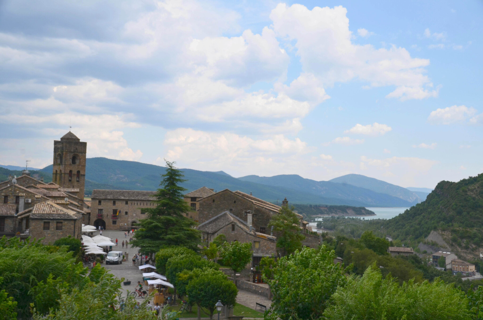 Ainsa : village médiéval