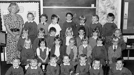 594000-110603-aus-news-pic-dunblane-primary-massacre