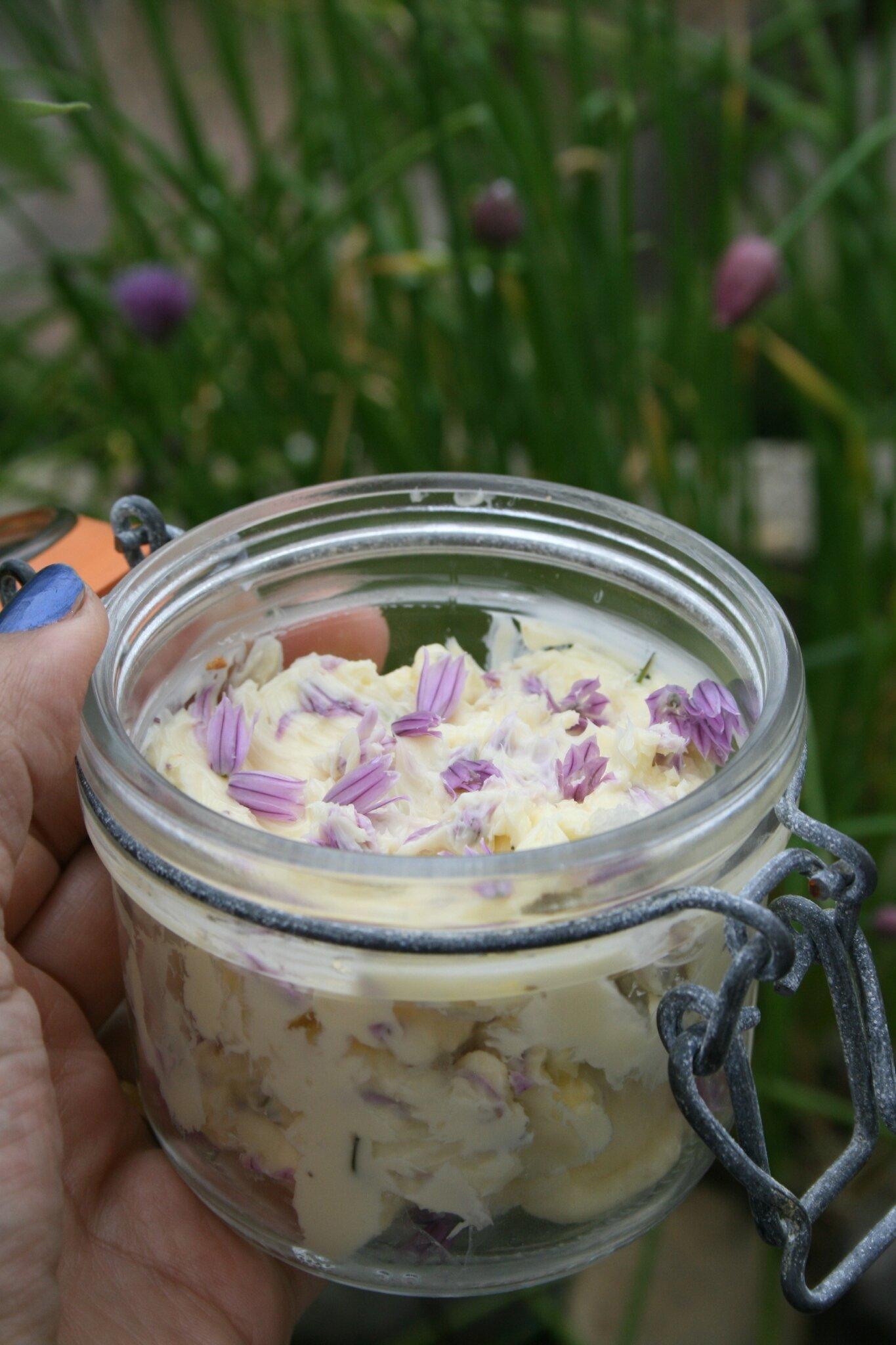 Beurre à la fleur de ciboulette