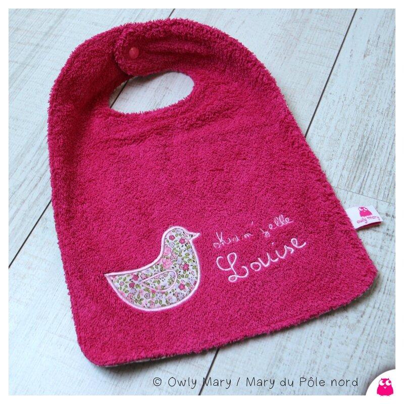 IMG_1011-owly-mary-du-pole-nord-bavoir-repas-fleur-oiseau-romantique-douceur-brode-louis-prenom-personnalise-personnalisable-bebe-cadeau-naissance-fait-main