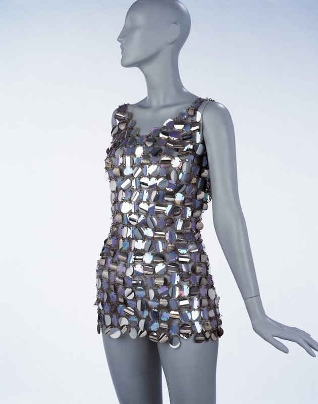 Evening_mini-dress_metal_wire_and_plastic_pailettes_Paco_Rabanne_Paris_1967__Victoria_and_Albert_Museum_London