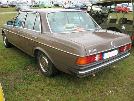 Mercedes200W123ar1