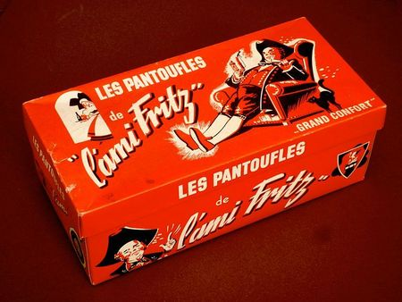 800px-Pantoufles_Ami_Fritz_Amos_Wasselonne_1930
