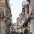 27. La Havane - une rue...
