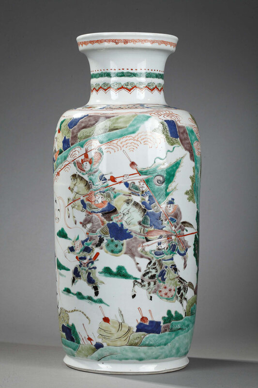 Chinese 'famille verte' porcelain 'Rouleau' vase showing the battle of Kunyang, Kangxi period (1662-1722)