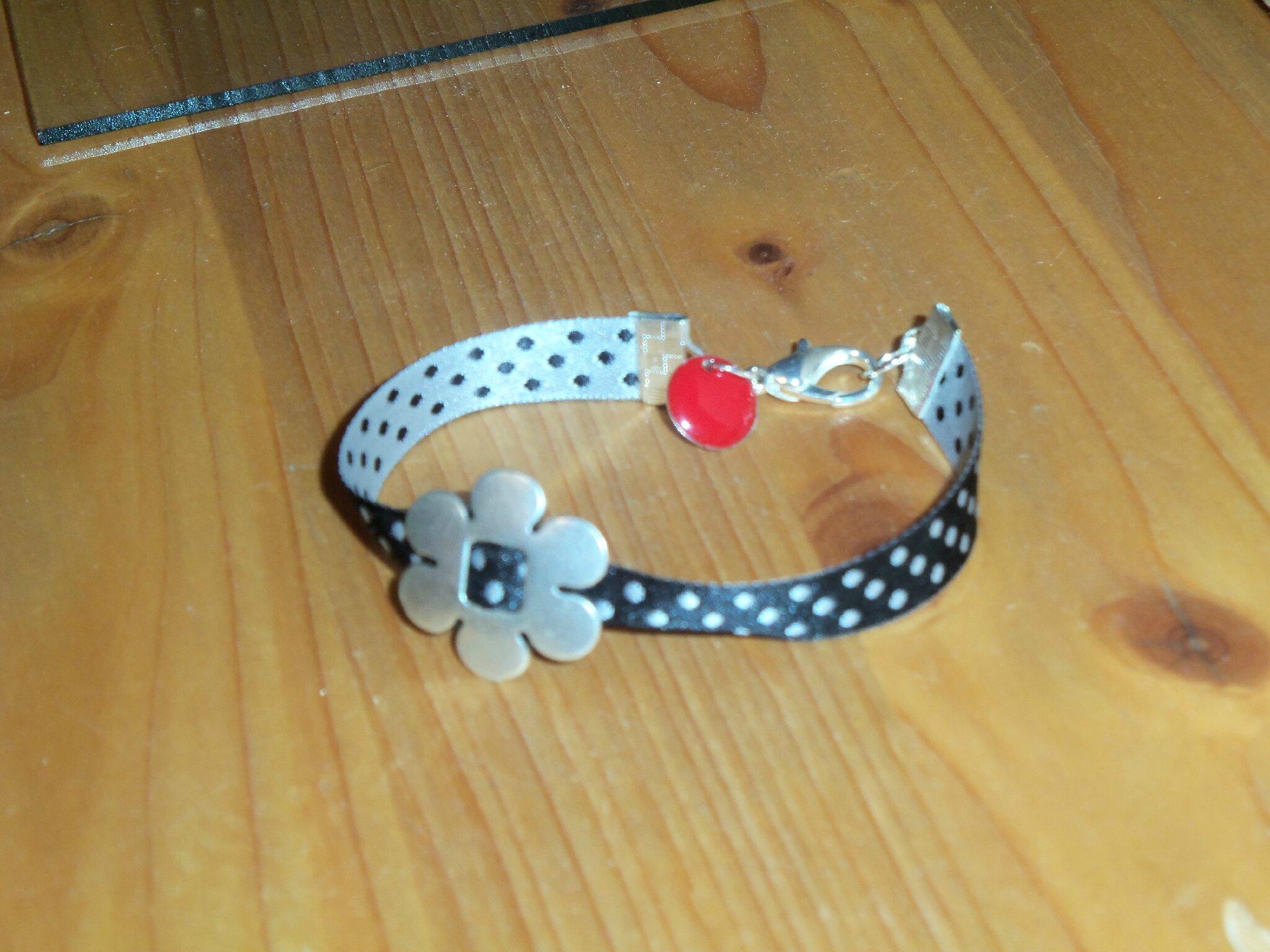 Bracelet fleur 01