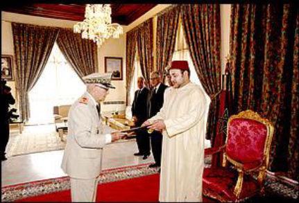 صاحب الجلالة الملك محمد السادس يترأس بتطوان مأدبة غذاء أقيمت بمناسبة عيد العرش