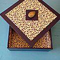 Ma boite violette et fleurs Bertie
