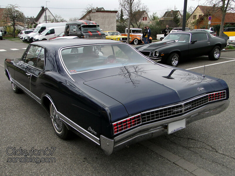 oldsmobile-starfire-coupe-1966-02