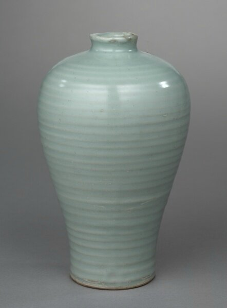 Vase (Meiping), 1200s, China, Zhejiang Province, Longquan region, Southern Song dynasty (1127-1279)