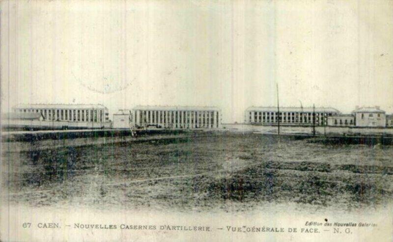 67 Caen - Nouvelles casernes d'artillerie, vue générale de face - N.G. (carte postale coll. Verney-grandeguerre)