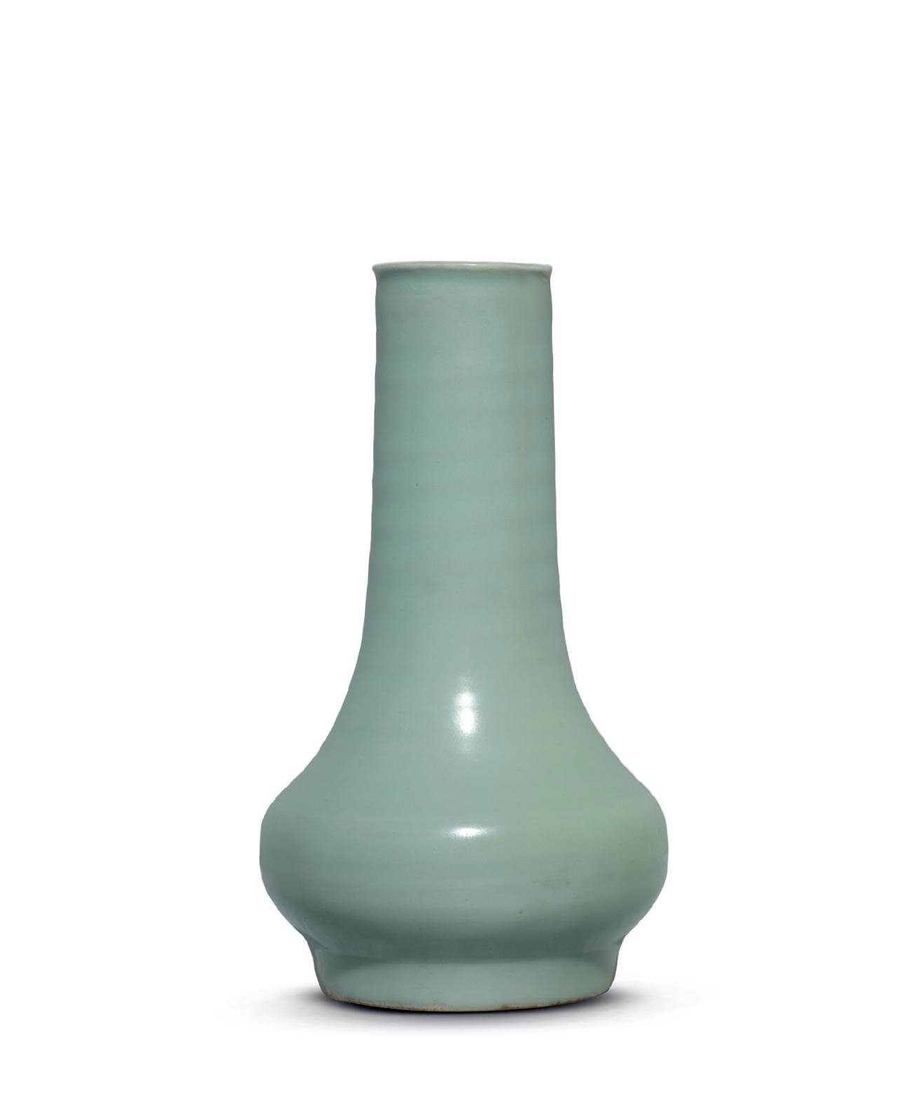 A rare Longquan celadon long-necked vase, Southern Song Dynasty, 13th Century