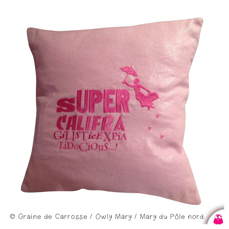 IMGG_3571-owly-mary-du-pole-nord-coussin-etoile-lin-rose-broderie-brode-supercalifragilisticexpialidocious-mary-poppins-decoration-deco