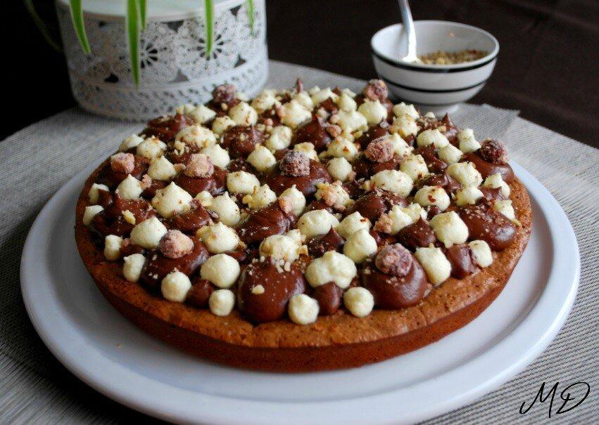 Brownie aux 3 noix, crémeux chocolat noir, chantilly chocolat blanc