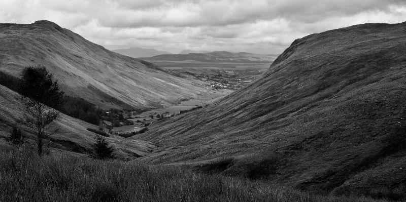 The valley between Burren and Connemara / La vallée entre le Bur