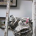Culotte BIANCA en coton beige imprimé toile de Jouy noire - noeud de velours rose buvard (2)