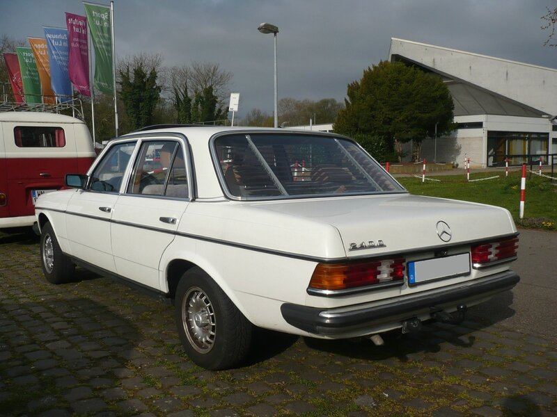 MERCEDES 240 D W123 Ludwigshafen (2)