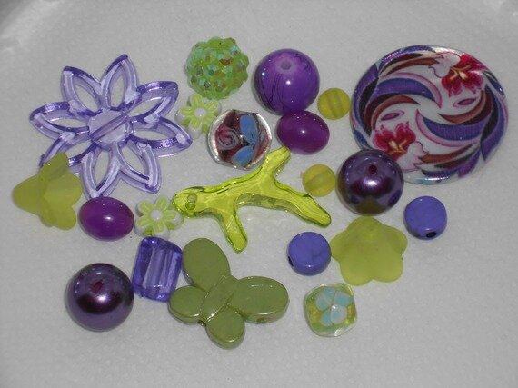 autres-perles-20-perles-vertes-violettes-verre-sy-2853999-dscn2654-b1c86-d1507_570x0