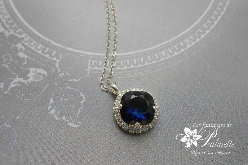 collier-mariage-sur-fine-chaine-pendentif-cristal-byzance-bleu-profond