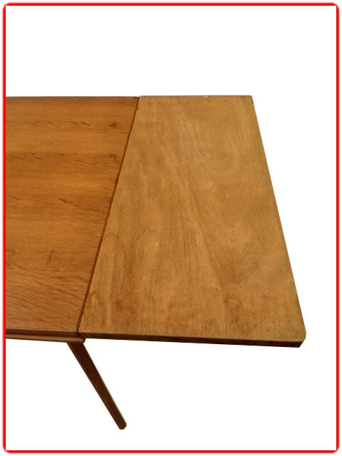 Table d'occasion SAM 1950 bois clair