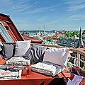 La merveilleuse terrasse de l'appartement sous les toits
