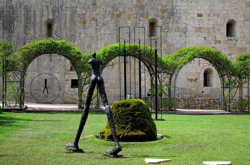 ©Chianti & More Oeuvres multiples - Abbaye de la Celle - 2004