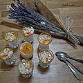 Panna-cotta lavande et coulis d'abricot