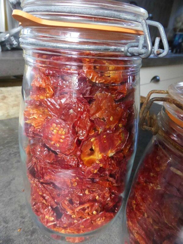 11-tomates séchées, bocaux (1)