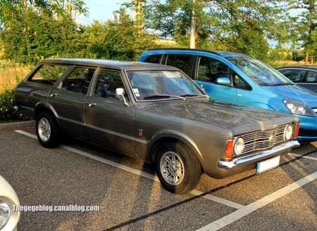 Ford taunus break (Rencard Burger King juillet 2012) 01