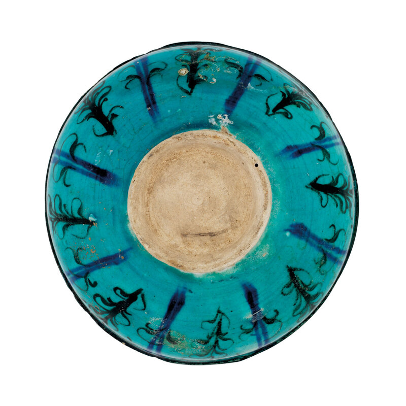 2021_CKS_19777_0004_002(a_kashan_turquoise-blue_glazed_pottery_bowl_central_iran_12th_century012856)