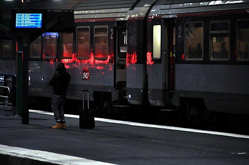 9 gare au rouge