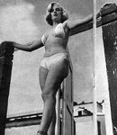 1951_Anthony_Beauchamp_pin_up_beach_010_021