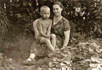vp enfant avec sa mère