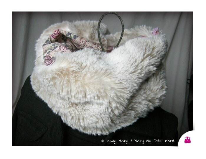 DSCN8887-tour-de-cou-snood-echarpe-foulard-ado-adulte-femme-liberty-of-london-fausse-fourrure-synthetique-douce-owly-mary-du-pole-nord