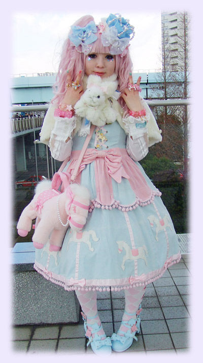 voici une sweet lolita avec un robe angelic pretty les styles japonais et les manga. Black Bedroom Furniture Sets. Home Design Ideas