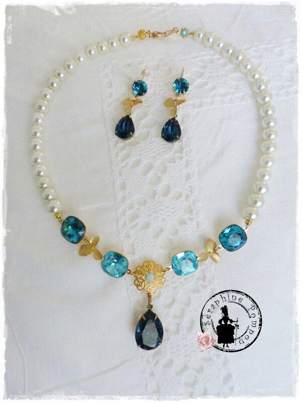 collier bleu 010