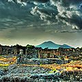 Ruins-of-Pompeii-and-Mount-Vesuvius
