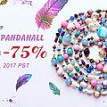 Deux sortes de bijoux branchés du moment : bague en cabochon et bracelet shamballa