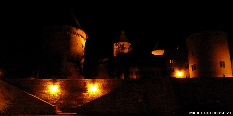 Bourganeuf by night