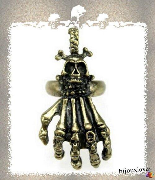 Bague Main Squelette Tête de Mort Gothique Punk Métal Couleur Bronze Ajustable