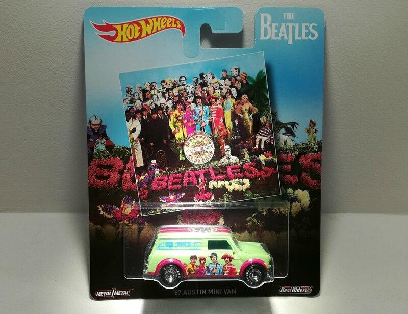 Austin Mini Van de 1967 (The Beatles) Hotwheels