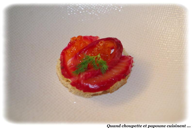 canapé au saumon rose-7446