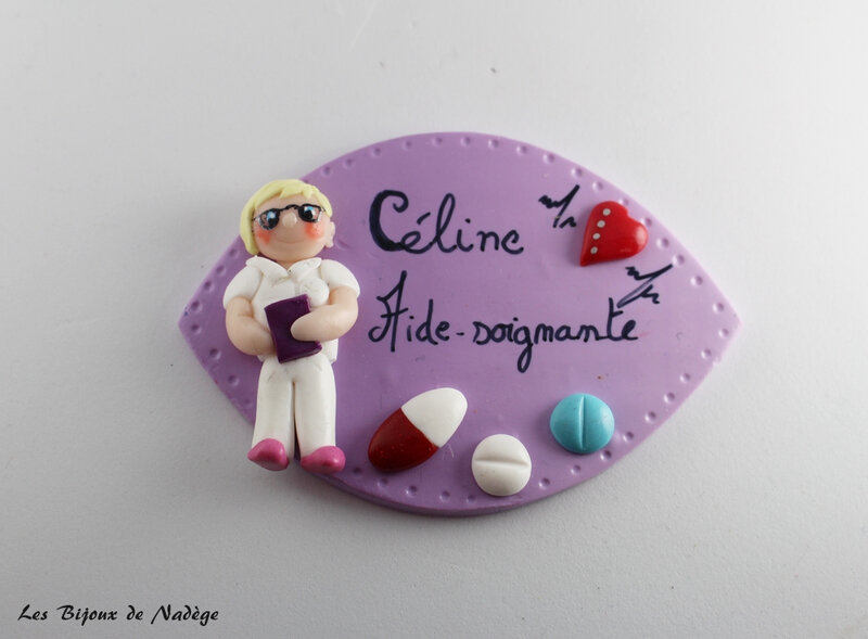 badge infirmière personnage 3
